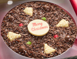 Christmas Chocolate Pizzas